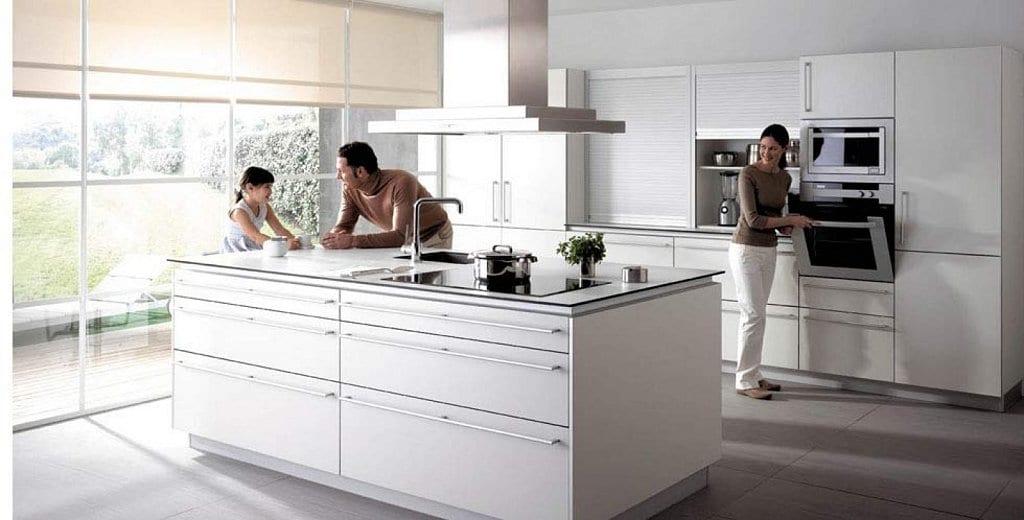 Montaje de cocinas en sevilla cocinova for Cocinas de ocasion sevilla