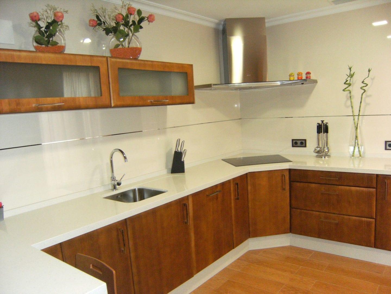 Cocinova cocinas de madera en sevilla cocinova - Cocinas de diseno en sevilla ...