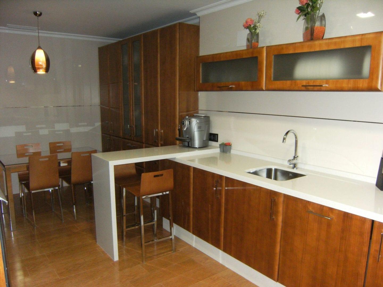 Cocinova cocinas de madera en sevilla cocinova - Cocinas de ocasion sevilla ...