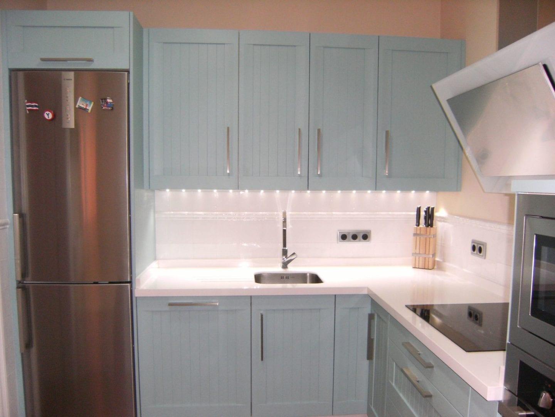 Cocinova cocinas acogedoras en sevilla cocinova for Cocinas acogedoras