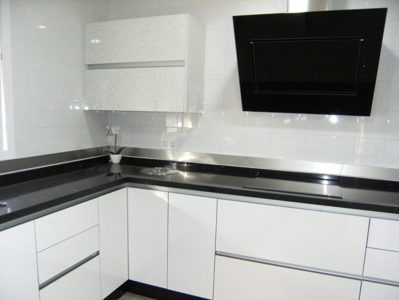 Cocinova cocinas con cenefas de acero inoxidable cocinova Articulos de cocina de acero inoxidable