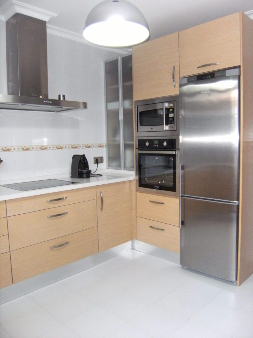 Cocinova cocina de tablero marino cocinova for Tableros para encimeras cocina