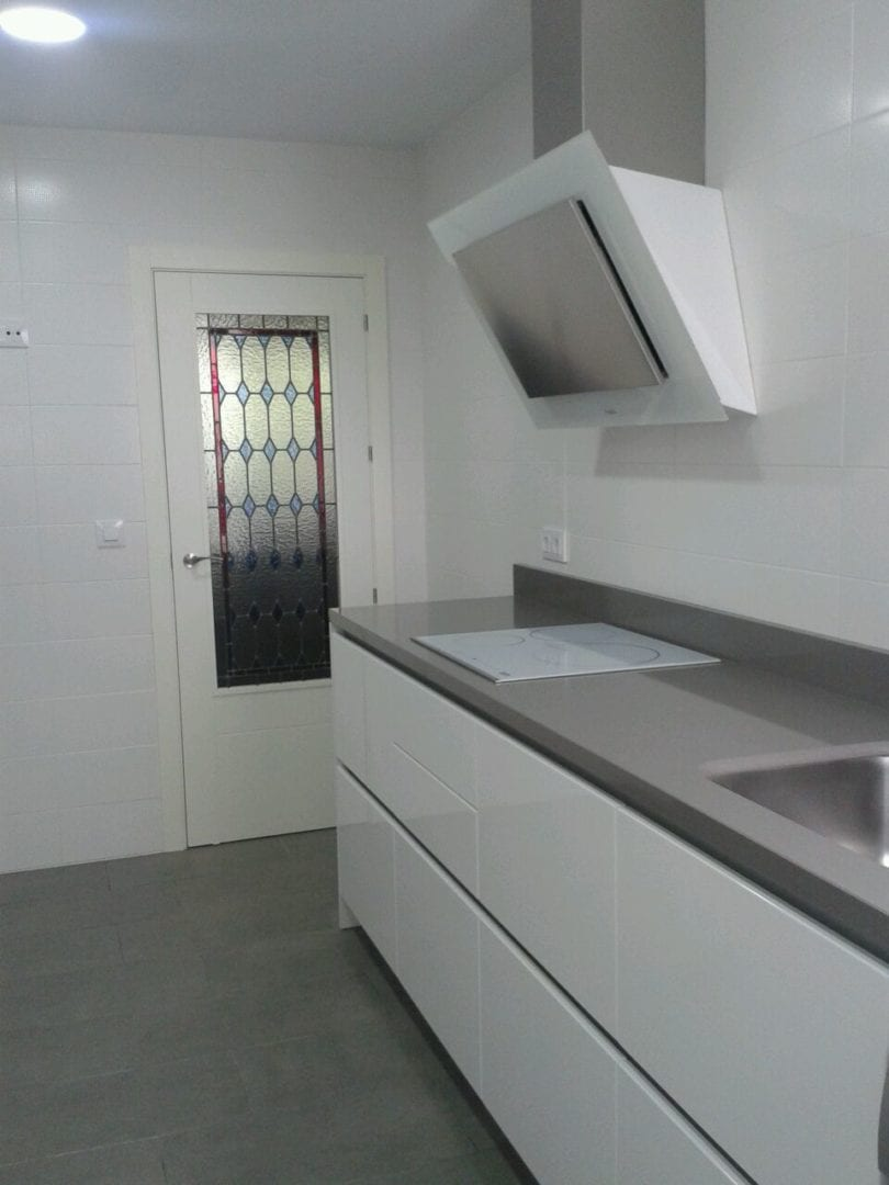 Cocinova cocina en el centro de sevilla cocinova - Cocinas sevilla ...