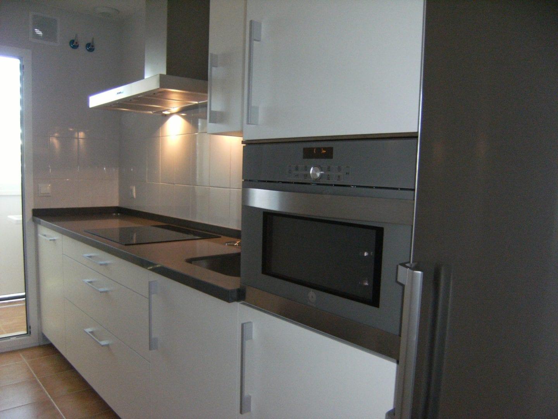Cocinova cocina con accesorios franke cocinova for Cocinas con accesorios