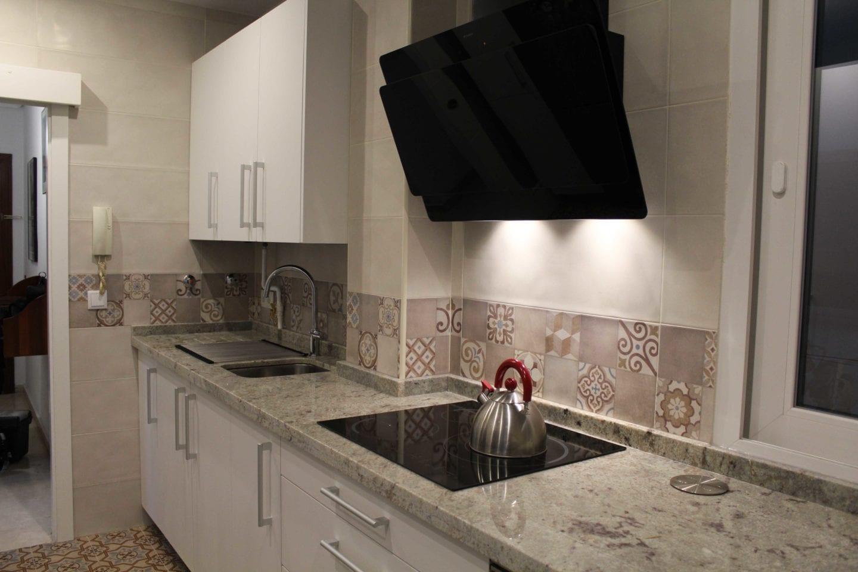 Cocinova cocina personalizada sevilla cocinova cocinas for Cocinas sevilla