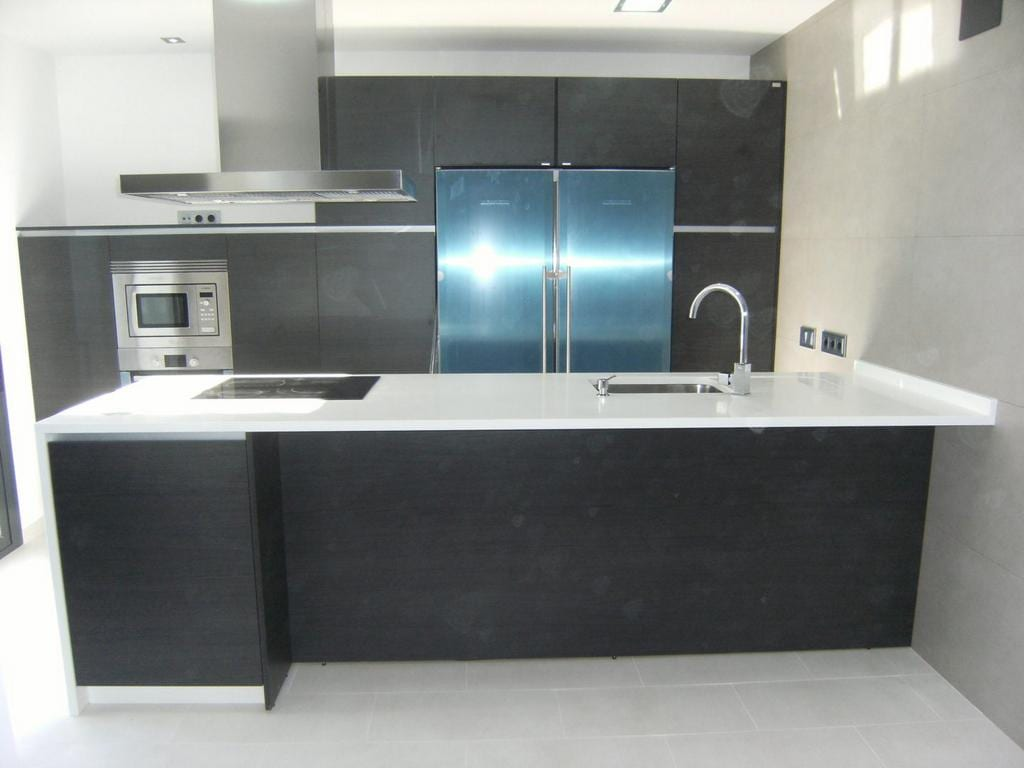 Cocinova mueble de cocina color roble grafito cocinova for Mueble ayudante de cocina