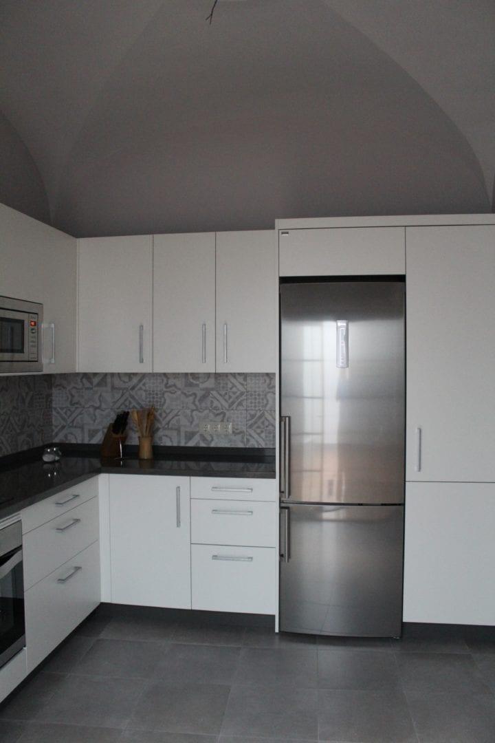Cocinova Muebles de cocina en Sevilla con gran almacenaje ...