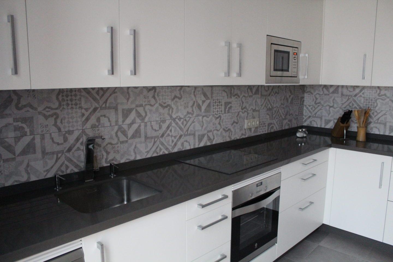 Cocinova muebles de cocina en sevilla con gran almacenaje cocinova - Cocinas de diseno en sevilla ...