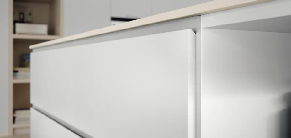 Cocinova tipos de tiradores de cocina cocinova cocinas - Tiradores de puertas de cocina ...