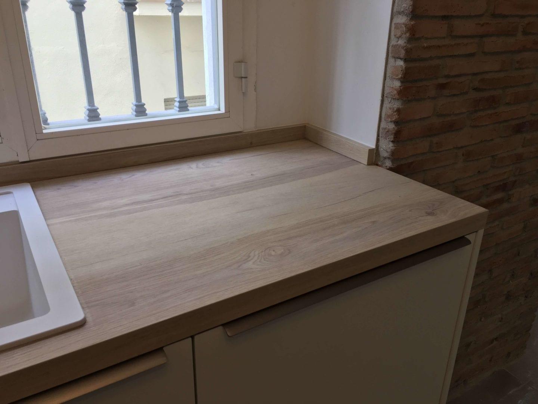 Cocinova cocina con muebles polilaminados instalada en sevilla - Muebles de cocina en sevilla ...