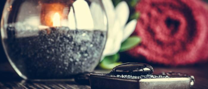 decorar-el-baño-con-velas