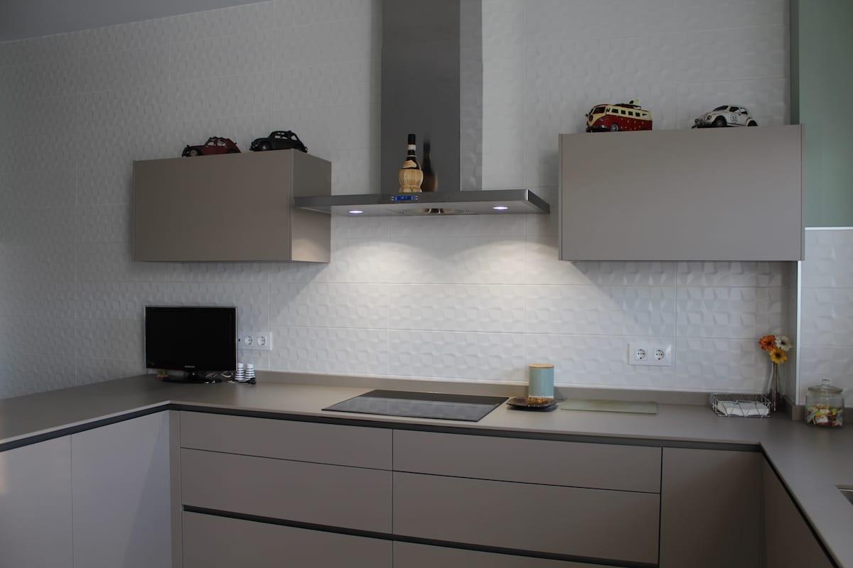 cocina-color-piedra